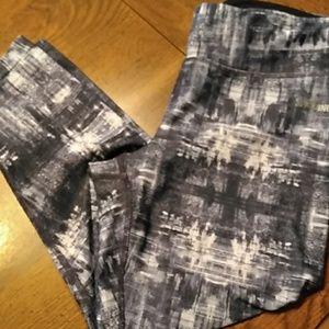 Spalding Capri exercise pants S/P
